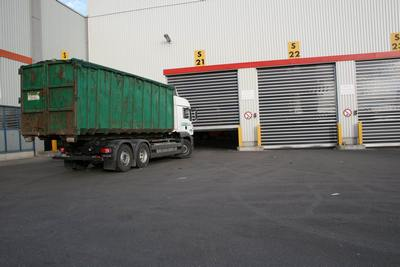 Waste plant high speed doors