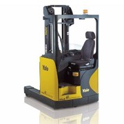 Sit-On Moving Mast Reach Truck | MR14-25