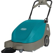 Compact Battery Walk-Behind Sweeper | Tennant S5