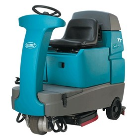 Micro Ride-on Scrubber | Tennant T7