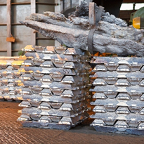 Aluminium sector urges Government and Labor to end RET crisis