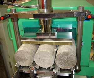 Marui Concrete Test Cylinder End Face Grinder