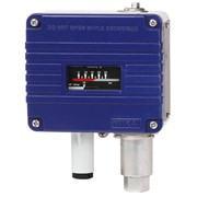 WIKA PSM-700 Pressure Switch with Adjustable Differential Hysteresis
