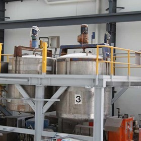 Chemical Solutions Hand Fed Packing Machine