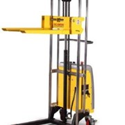 Fork Stacker | Battery Electric