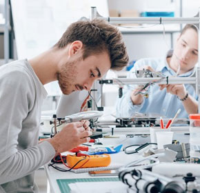 STEM courses would be hardest hit by proposed university cuts