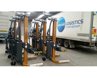 Truck workshop mobile Hoists Adelaide Australia