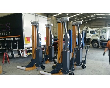 German Engineered / USA Made workshop Truck & Bus Hoists ready for use