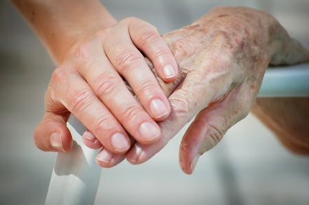 In Australia there are more than 186,000 residents living in an estimated 2700 nursing homes.