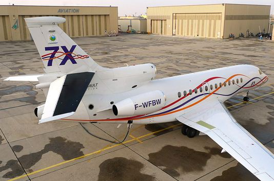 Dassault Aviation has performed test flights with a Falcon 7X using a FLIR Systems thermal imaging camera that can differentiate between laminar flows and turbulent flows.