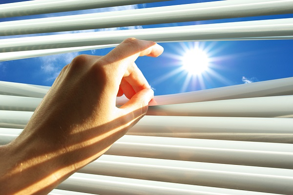 A Deakin University researcher is working on harnessing the sun's rays through solar panels that are thin and flexible enough to be made into products such as window blinds and backpacks or attached to car roofs.