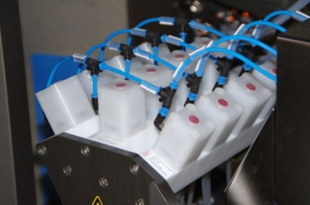 Dosing of ultra pure water with GEMÜ iComLine® multi-port valve blocks