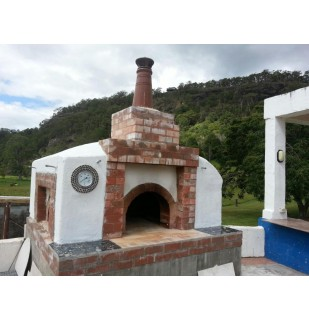 A Pyrosales customer recently installed a gas-filled dial thermometer for the creation of tasty pizzas.