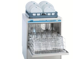 Meiko Glass Washers feature a self-cleaning program for easy, hygienic cleaning of the wash chamber.