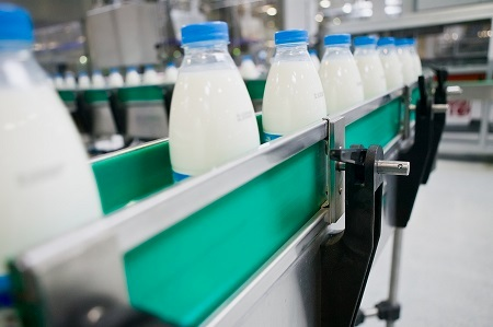Demand has kept Australia's milk industry buoyant and increased the price premium for locally-made milk powders overseas.