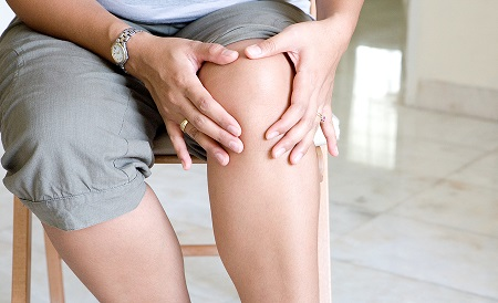 An annual treatment of bisphosphonates might stop osteoarthritis from getting worse, says Monash University's Prof Flavia Cicuttini.