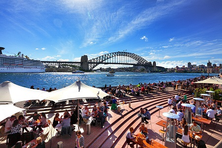 Wealthy Chinese tourists willing to spend an extravagant sum can experience some of Australia's finest food, best wines and culinary experiences.