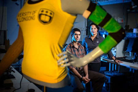 Dr Sheridan Gho (right) and Michael Weaver with their 'Lymph Sleeve' prototype. (Image: UOW)