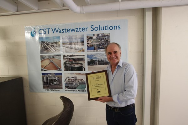 CST Managing Director Michael Bambridge with the S&L Award