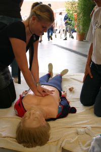 'If people are unwilling or unable to do ventilations, they should at least do chest compressions.'