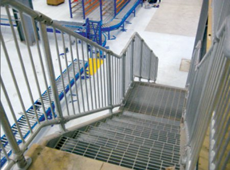 Conectabal™ is a commercial balustrading solution from Moddex Systems.