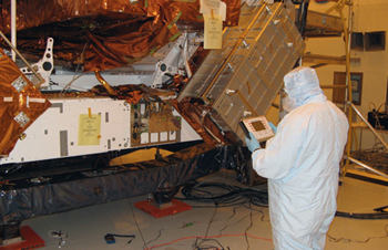 Verifying bolt tension with a USM-3: Used on a Spacelab Logistics Pallet (SLP) for NASA's Space Shuttle STS 125 mission