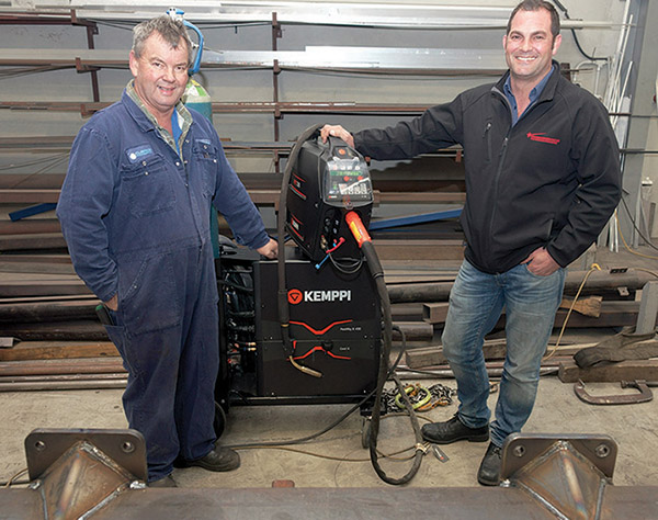 Left to Right: Mr Bruce Clarke, Managing Director, Clarke Engineering, and Mr Niki Bohlmann, North Island Sales Manager, Welding Engineers NZ Ltd, with the Kemppi FastMig X Black.