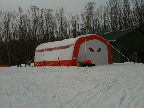 The 1300Inflate Temporary Ezy Shelter model can store freshly made snow until it is needed.