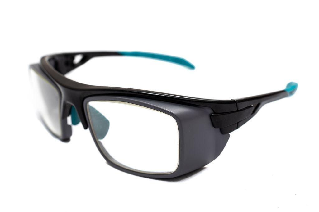 8ad20a9488 1   5. The New Generation of Lead Glasses - 100% Eye Protection