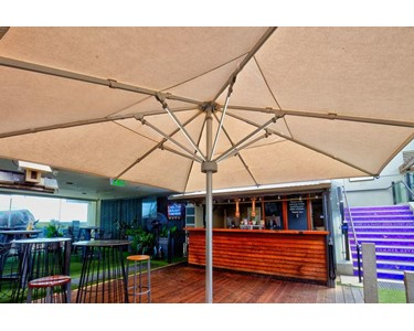 Nova HD umbrella with integrated lights, St Kilda