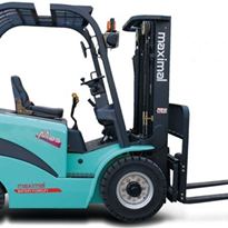 Enforcer 4-Wheeled Electric Forklift: 1,500kg