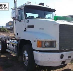 Used 1999 Mack CH Truck