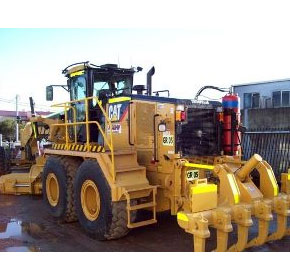 Mining & Civil Earthmoving Equipment | SMS Rental