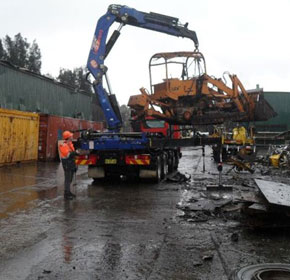 Industrial scrap metal recycling dealer