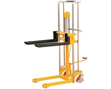Manual Fork Stackers - 400kg