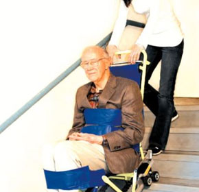 Portable Wheelchair Lift | Garaventa Evacu-Trac