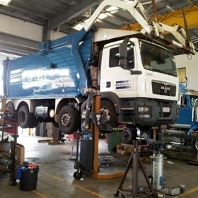 Mobile Truck, Bus Hoists Rail Lifting Hoists | HETRA