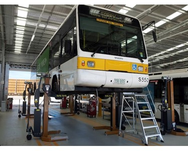 Hetra RGA Mobile Bus Lifts in action - 30 columns in this workshop