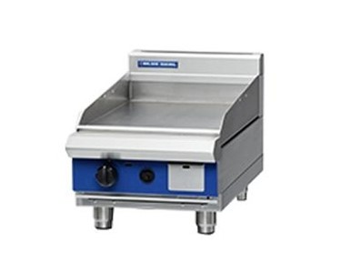 450mm Bench Model Gas Griddle | Blue Seal Evolution Series GP13-B
