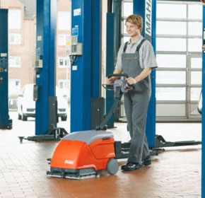 Automatic Floor Scrubber | Scrubmaster B10 | Battery Powered