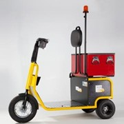 Battery Electric Tug with Tool Drawer | Skatework