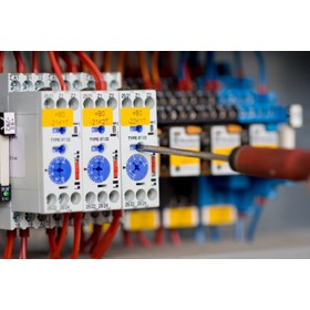 Industrial Electricians & Shift Coverage