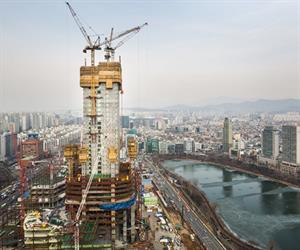 At 555 metres, the Lotte World Tower will be the tallest building in East Asia. A team of international experts around Doka Korea is working on the execution of this superlative project.