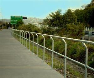 Queensland's Department of Transport and Main Roads, through its Cycle Strategy 2011–2021, aims to double cycling's share of commuter trips to work by 2021, and triple this by 2031.