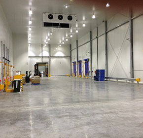 A complete entrance solution for cold storage operator