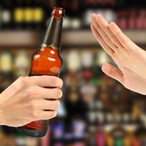 Australians 'drinking more responsibly': survey