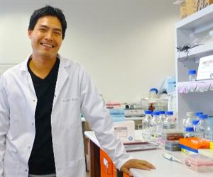 Dr. Nham Tran in laboratory (image credit: Pamela Ajuyah, University of Technology Sydney)