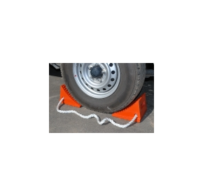 Urethane Wheel Chocks for Trucks & Trailers | SM Safety