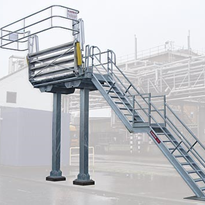 Make wide gangways a part of your fall prevention solution