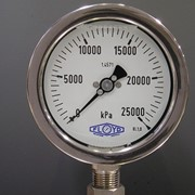Refinery Oil & Chemical Pressure Gauges